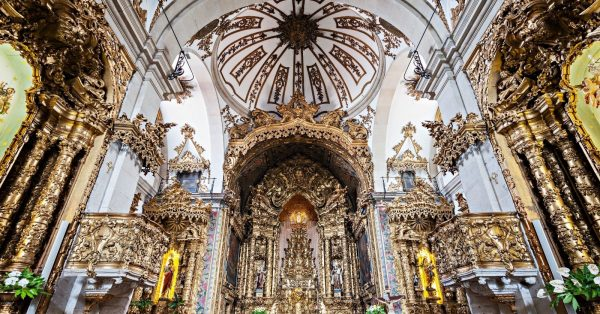 Tour Igrejas